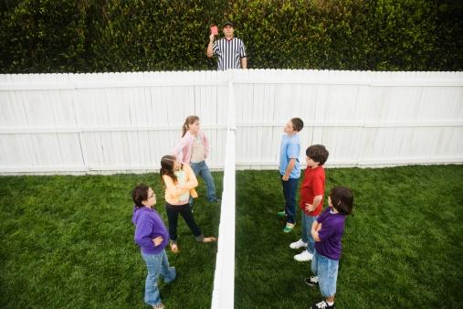 homeowners association neighbor dispute