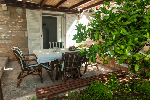 homeowners association enclosed patio