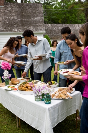 group_of_people_at_outdoor_potluck