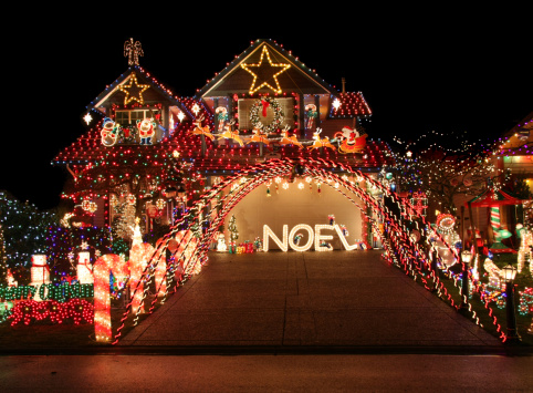 homeowners association Christmas lights