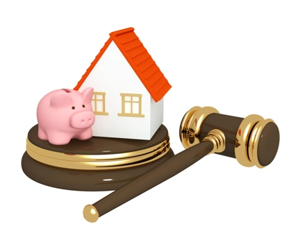 house-gavel-piggybank