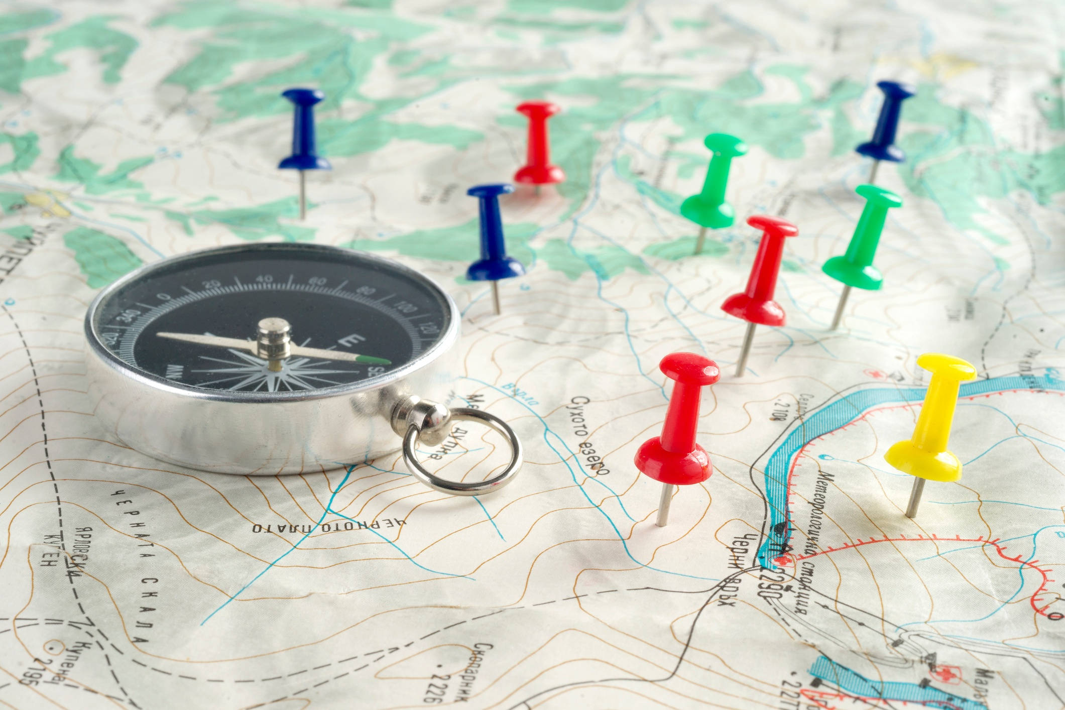 Compass-map-pushpins