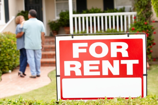 For_Rent_Sign_in_Front_of_Home